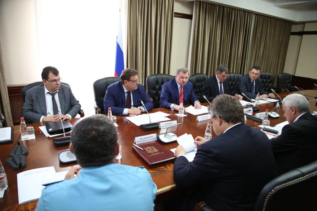 CA0A6136 1024x683 - Совещание по вопросам ликвидации последствий паводка на Ставрополье