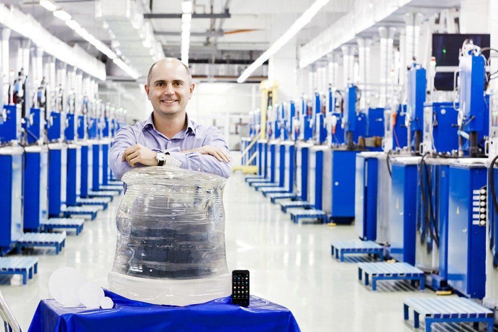 energetik 20150618 003 1024x683 - Продукцию Apple и элитные швейцарские часы делают из российских материалов